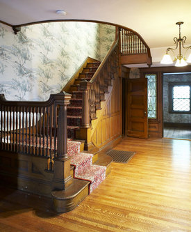 grand entry stairway